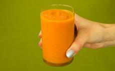 Szklanka zupy krem z marchewki z kolendrą Marwit