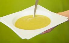 Zupa krem z brokułów z serem pleśniowym Marwit