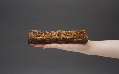 Baton orzechowo-czekoladowy
