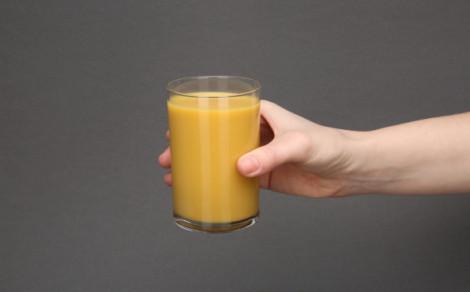 Chias protein smoothie orange, mango, turmeric, smoothie białkowe na bazie soków, przecierów owocowych i mleka kokosoweg