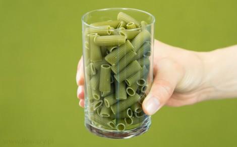 Makaron z zielonego groszku