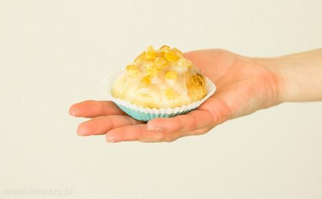 Pączki pieczone z marmoladą różaną i lukrem pomarańczowym