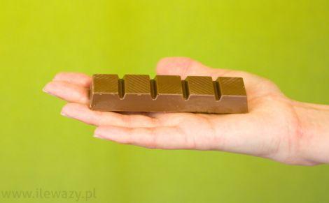 Batonik z nadzieniem toffi w czekoladzie
