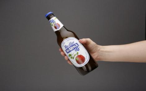 Bezalkoholowy napój piwny Radler o smaku jabłka z miętą