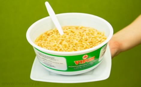 Pomidorowa zupa błyskawiczna z kluskami
