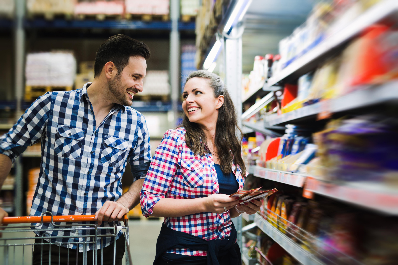 Para na zakupach spożywczych
