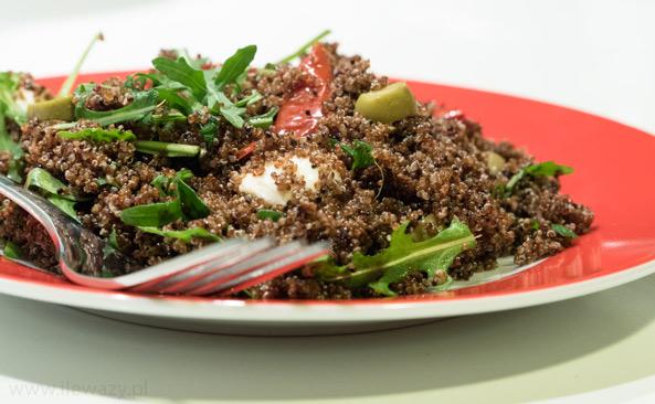 Sałatka z canihua i mozarella