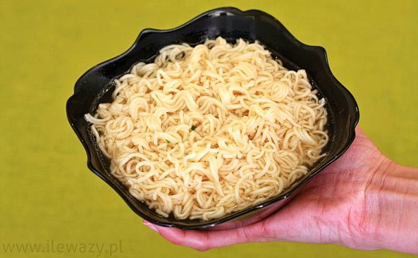 Ile Wazy Porcja Zupy Blyskawicznej Kurczak Zloty Sprawdz Kalorie